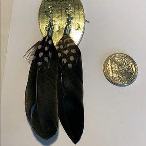 Jewelry - NEW smaller feather earrings in black.